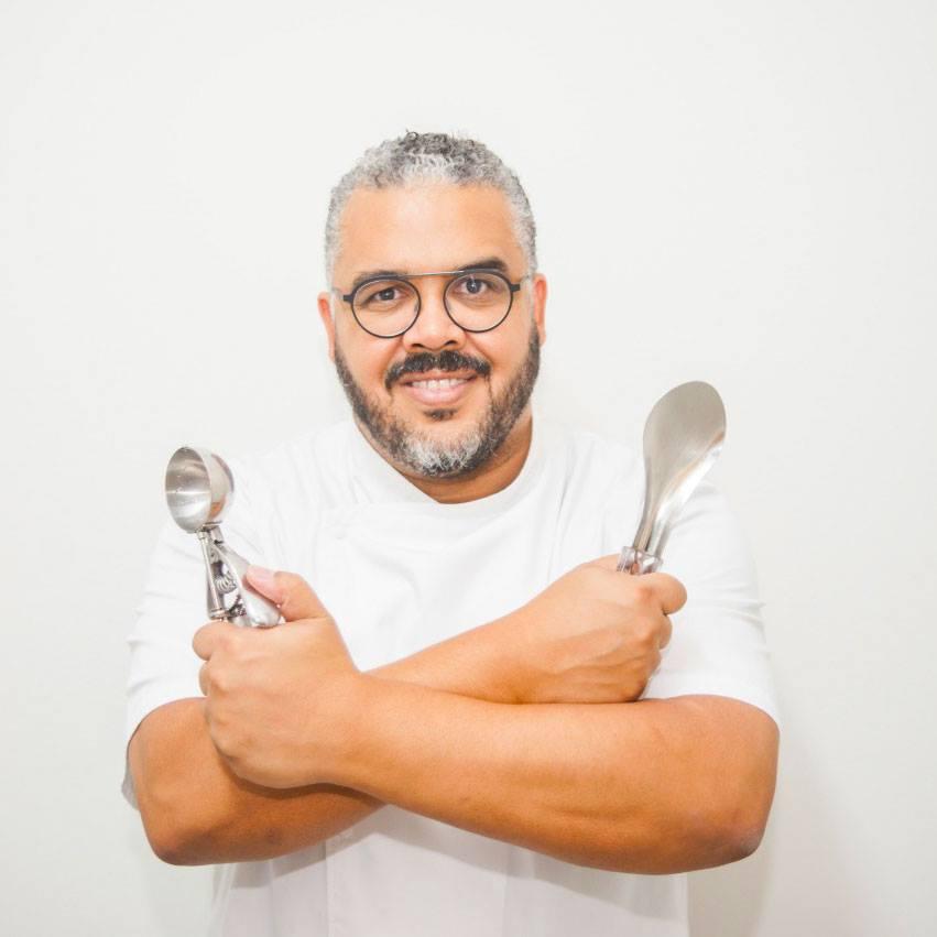 Francisco Sant'anna, criador da Escola Sorvete e único mestre sorveteiro do Brasil.